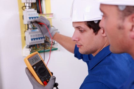 commercial electrician in Canton, GA